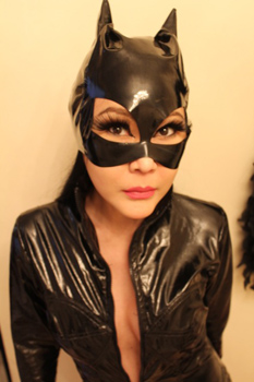 London-Mistress-Madame-Suri3