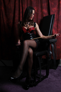 London-Mistress-Allure2