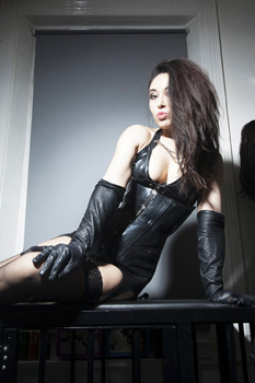 london-mistress-sadie6