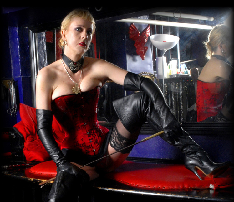 London-Mistress-Fabula