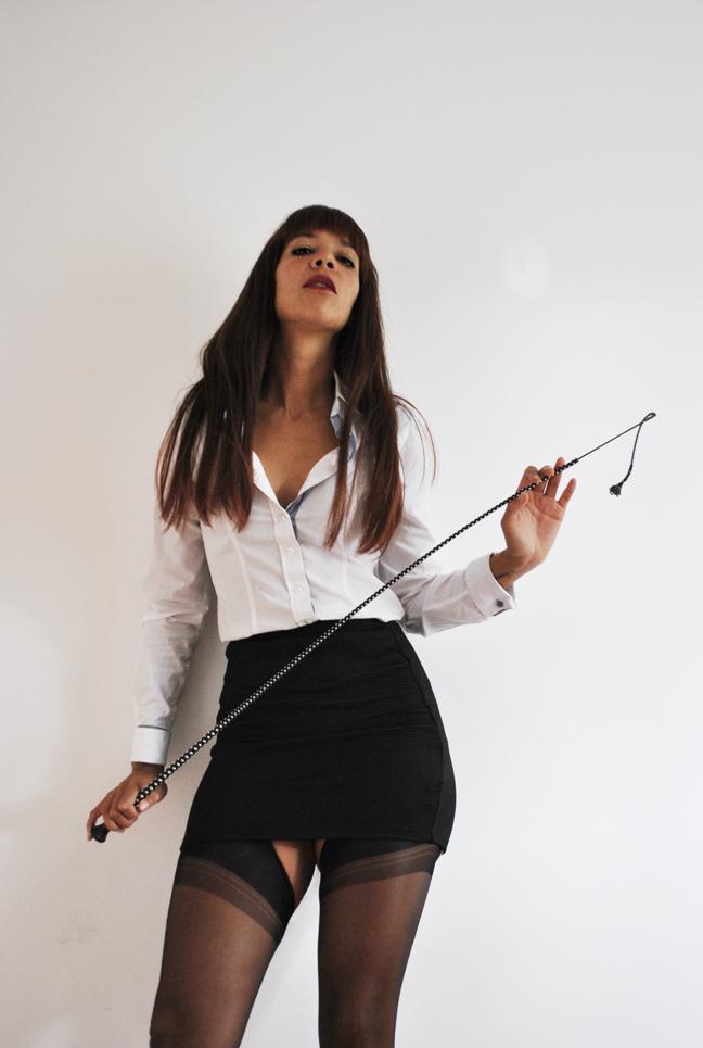 whip-punishment-Dominatrix-London