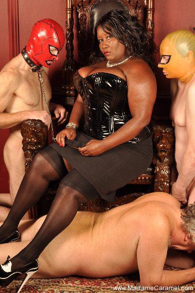 London-Mistress-Madame-Caramel1
