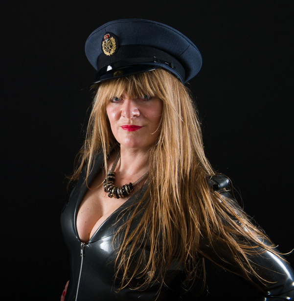 English-Professional-Dominatrix-Lady-Godiva