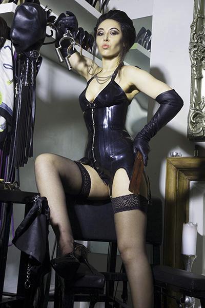 London-Mistress-Sadie