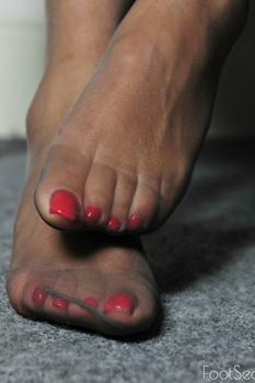 London-Foot-Seduction3