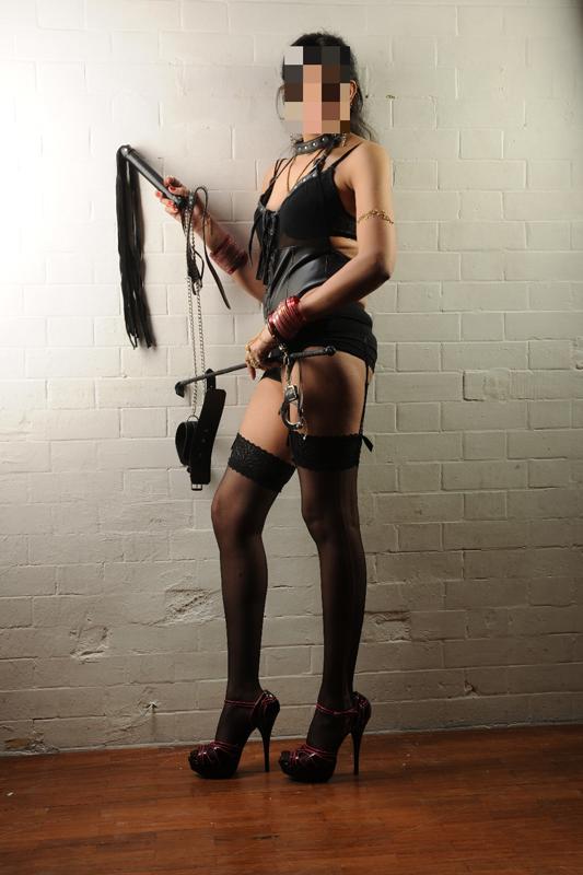 London-Mistresses-Meena