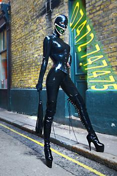 London-Mistress-Goddess-Morana2