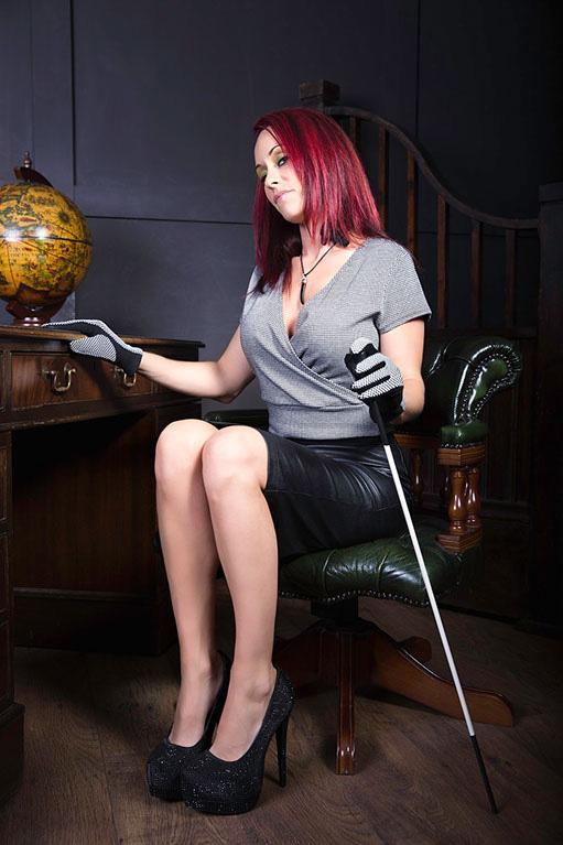 UK-Mistress-Angelica-Andrews