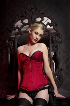 London-Mistress-Alice-Malice-Corset