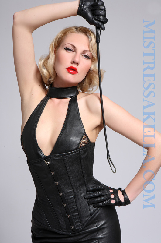 london-mistresses-mistress-akella