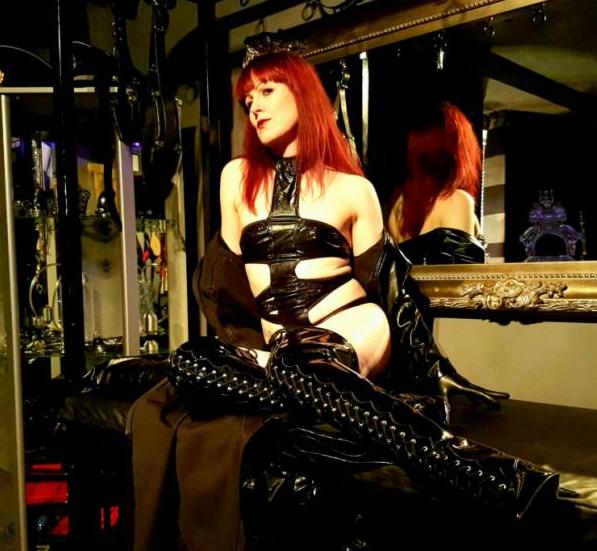 london-mistresses-miss-kitty-bliss