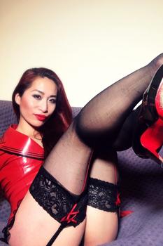 london-mistress-goddess-maya-liyer2