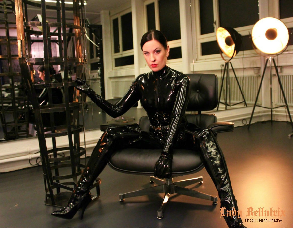 London-MIstress-Lady-Bellatrix